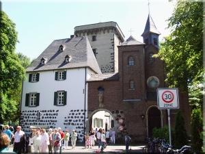 La ville médiévale de Zons